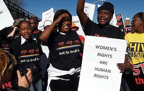 μαύρες λεσβίες στη Νότια Αφρική μουνί λατρεία λεσβία